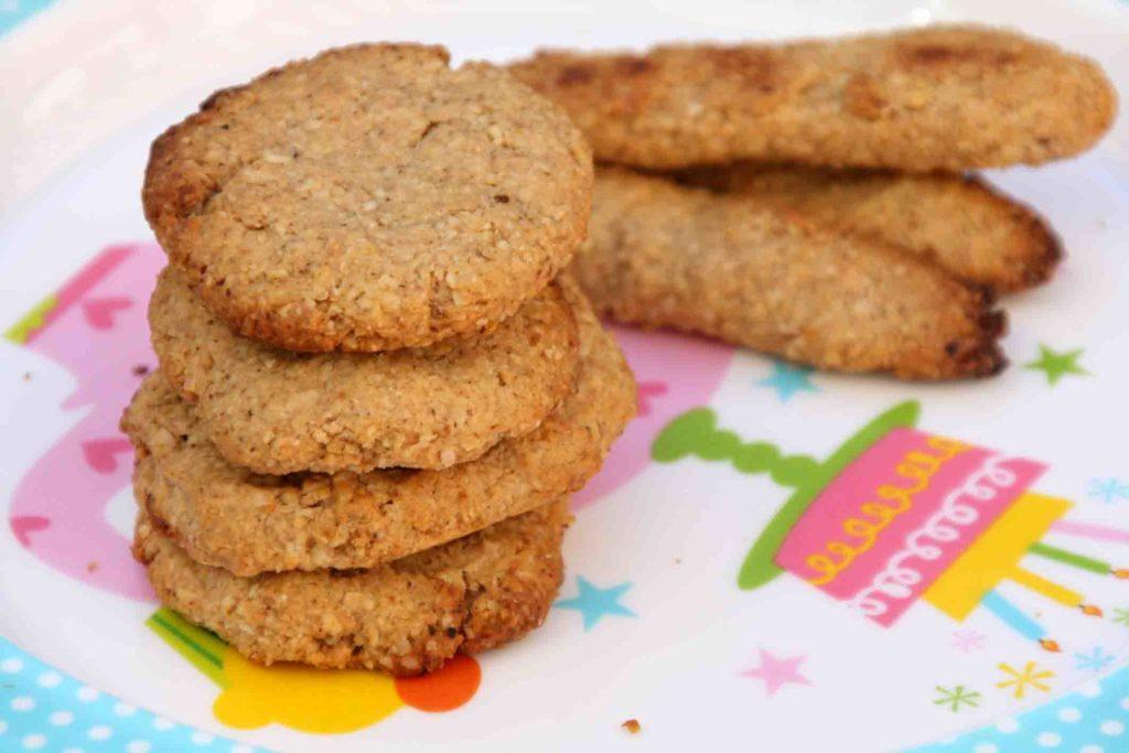 Galletas de avena y crema de cacahuetes